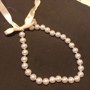 Jewelry - Pink hue Pearl necklace